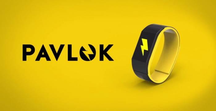 """Pavlok, il braccialetto """"bacchettone"""""""